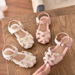 pearl flower girl shoes UK - 2020 Summer Girls Sandals Toddler Children Soft Pearl Students Sandals Baby Kids Princess Hollow Flower Shoes 21-30