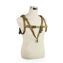 China 1000D Nylon Hunting Vest Multifunctional One Point Sling Outdoor MOLLE Hanging CS Tactical Vest cheap tactical one point sling suppliers