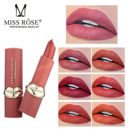 $enCountryForm.capitalKeyWord Australia - Hot Selling Matte Easy to Color Lipstick New Complete Color for Women Professional Makeup Persistent Waterproof Lipstick