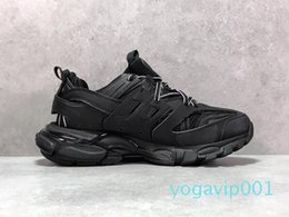 spring tracking Canada - Newest designer Casual Shoes Track3.0 Sneakers Tess Paris Men Gomma Maille Black Low Track 3M Triple S Shoes Outdoor Jogging Designer Clunky