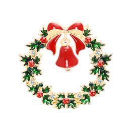 $enCountryForm.capitalKeyWord NZ - 2019 New Trend Brooch Pin Green Garland Bell Christmas Theme Denim Dress Dress Hat Chest Decoration Best Gift