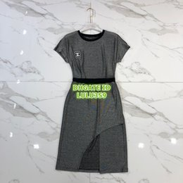 $enCountryForm.capitalKeyWord Australia - High End Wome Jogging Two Piece Dress Tops T-Shirt Tee Shirt With Letter Print+Midi Irregular Skirt Casual Runway Jersey Tee Shirt Sets