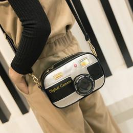 $enCountryForm.capitalKeyWord Australia - Novelty Designer Handbags High Quality Women Personalized Camera Shaped Shoulder Bag Patchwork Fashion Pu Leather Messenger Bags