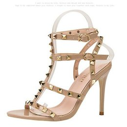 China European and American style retro sexy open shoes high heel sandals metal rivets patent leather sandals Roman shoes summer women sandals cheap american style sandals suppliers