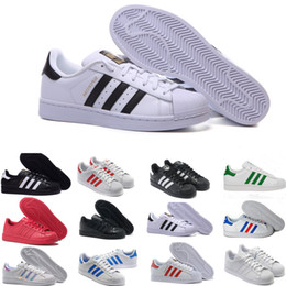 Hologram Shoes NZ - 2019 Super Star White Hologram Iridescent Junior Superstars 80s Pride Womens Mens Trainers Superstar Casual Shoes Size 36-45 A256