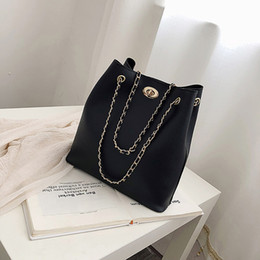 chained tote bags Canada - Big Tote Female Bag PU Leather Chain Shoulder Messenger Bag Fashion Large Capacity Mobile Ladies Bags for Women 2019 Bolso #H30