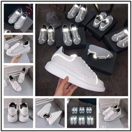 Hand Painted Girls Shoes Australia - Hot Fashion Luxury Designer Women Shoes New Colors Men Girls Family Casual Shoes Lace Up Hiking Outdoor comfort Sneakers 5-11