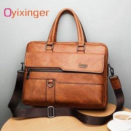 Großhandel Neue Männer Aktentasche Taschen Business Leder Tasche Schulter Messenger Bags Arbeit Handtasche 14 Zoll Laptop-Tasche Bolso Hombre Bolsa Masculina # 777398