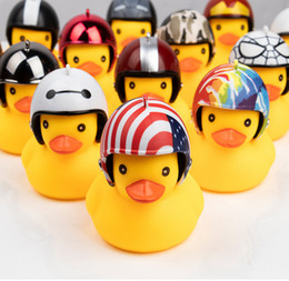 $enCountryForm.capitalKeyWord UK - TOSUOD Bicycle light Small yellow duck with helmet road bike motorcycle bell child riding horn light broken wind duck