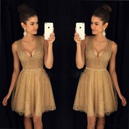 Wholesale 2019 Gold Little Short Length Homecoming Dresses Crystals Beaded Top A Line V neck Neckline Tulle Lace Prom Cocktail Party Cheap Gowns