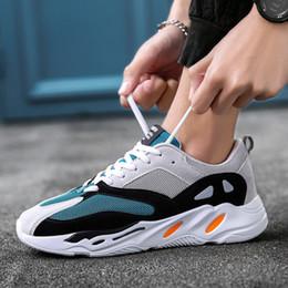 Venta al por mayor de Vintage Dad Men Shoes 2019 Kanye Fashion Mesh Light Men zapatos casuales Hombre transpirable zapatillas Zapatos Hombre Hombre Vulcanized Shoes