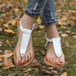 d4506e292 WENYUJH New Womens T Strap Flat Ankle Buckle Thong Sandals Female Gladiator  Flip Flops Summer Beach Casual Fashion Vintage Shoes
