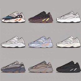 2019 700 corredor de la onda de malva EE9614 Ejecución de marcas famosas zapatos de los hombres de las mujeres B75571 color de costura de calidad superior de baloncesto de los zapatos de Estados Unidos 5-11,5 L4 en venta