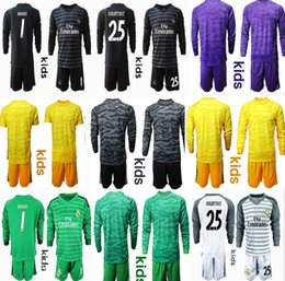 China 2019 2020 Kids Youth Long NAVAS Courtois Real Jerseys Goalkeeper Soccer Sets Kits Boy Benzema Bale Children Football Madrid Uniform supplier children army uniform suppliers