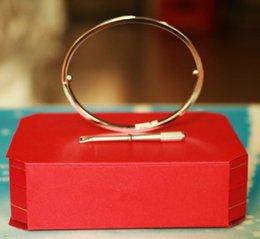 $enCountryForm.capitalKeyWord Australia - Titanium Steel Love Bracelets silver rose gold Bangles Women Men Screw Bracelet Couple Jewelry with box set