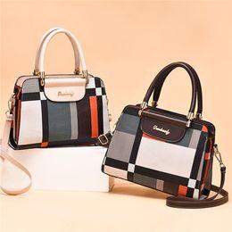 Fringed leather handbag online shopping - Top Quality Designer Handbags Wallet Handbag Women Handbags Bags Crossbody Soho Bag Disco Shoulder Bag Fringed Messenger Bags Purse