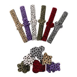 $enCountryForm.capitalKeyWord NZ - INS Cute leopard print kids bracelet baby clap circle children cuff kids designer bracelet baby giftdesigner accessories 3*20cm A6560