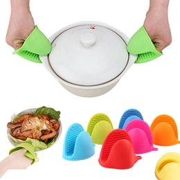 oven plates UK - Microwave Oven Gloves Insulated Heat Resistant Plate Clip Anti-slip Kitchen Organizer Silicone Pot Clips Dish Bowl Holder OOA2474