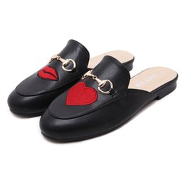 chinese sandals Australia - Good Quality Flat Slipper Fashion Embroidery Chinese Style Retro Shoes Luxury Red Bottoms Square Toes Home Lady Women Casual Sandal Shoes