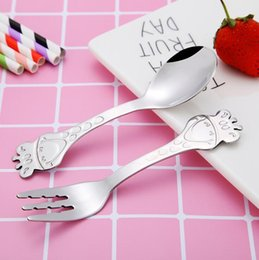Free shipping cutlery online shopping - Cartoon Giraffe Pattern Spoon Salad Fork Flatware Stainless Steel Children s Cutlery Mirror Polish Dinnerware