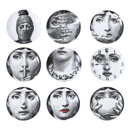 Retro Home Wall Decoration Hanging Round Ceramics Printed Portrait Plates Durable Coffee Shop Home Wall Decor 8 Inch Plates RRA2050 on Sale
