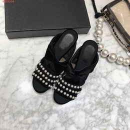 $enCountryForm.capitalKeyWord NZ - Latest Women Sandals ,Mosaic Pearl Slippers , Causal Genuine leather Summer Slippers for Ladies size 35-39