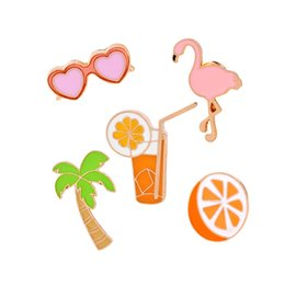 $enCountryForm.capitalKeyWord Australia - Coconut Orange Juice Heart Sunglasses Pink Flamingo Brooch Lapel Pin For Shirt Collar Jacket Packet Bag Jewelry