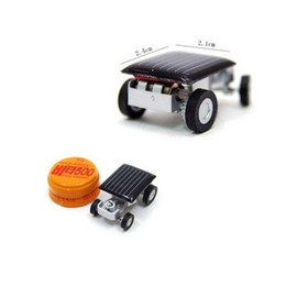 Chinese  DIY Mini Solar Car Powered Robot Solar Toy Vehicle Educational Solar Power Kits Novelty Grasshopper Cockroach Gag Toys Insect for Children manufacturers