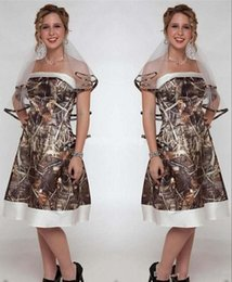 $enCountryForm.capitalKeyWord Australia - Vintage Short Camo A Line Wedding Dresses Strapless Knee Length Satin Garden Country Bride Party Gowns Wedding Guest Dresses Custom Made