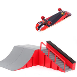 finger skateboard games NZ - Combination Mini Ramp Play Extreme Sports Kids Toy Game Gift DIY Training Educational Alloy Finger Skateboard Park Set Indoor