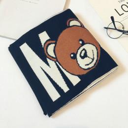 Мальчики и девочки Престижное шарф Детский конструктор мультфильм и письмо печати шарф малышей теплый держать Платки Медвежонок Печать 2020 Новый на Распродаже