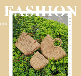 Hand Made Bags Style Australia - 2019 Small hollow out fasion beach bag casual bamboo wooden summer woven handbag hand made knitting straw bag unique plain Vienam style OL