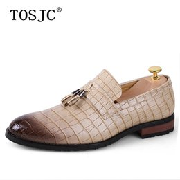 Tosjc Men Casual Loafers Fashion Tassel Dress Shoes Male Luxury Leather Banquet Wedding Footwear Man Breathable Mesh Moccasins Shoes Men's Shoes