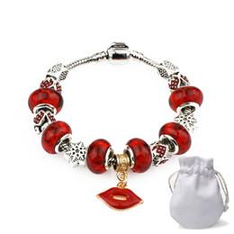 beb3eee1d700 2019 Spring Charm Pulseras Mujeres Diseñador de Lujo Plateado Fit Pandora  Cuff Bangles Beads Cadena de la Serpiente Labios Rojos Colgante Joyería P32