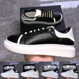 Golden color shoes online shopping - 2019 black Velvet Reflective Mens Designer shoes des chaussures Sneakers Platform Luxury Shoes Golden multi color Sneakers Women Shoes