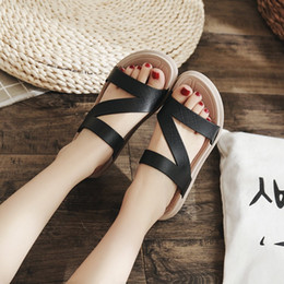 Discount leather sandals for ladies - 2019 Women Sandals Fashion Gladiator Sandals For Ladies Summer Shoes Female Flat Rome Style Shoes Women