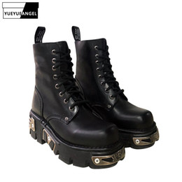 $enCountryForm.capitalKeyWord Australia - Autumn Winter Women Gothic Metal Thick Platform Shoes Boyfriend Style Ankle Boots Lace Up Leather Motorcycle Boots Fleece Lining
