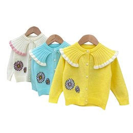 newborn knit patterns UK - Autumn sweater kids baby girl comfortsoft toddler long-sleeves buttonned O-neck knit sweater flower for newborn baby pattern lovely