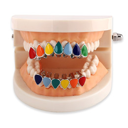 $enCountryForm.capitalKeyWord NZ - Hip Hop Teeth Braces Fashion Gold Plating Vampire Teeth Grillz Punk Street Multicolor Dental Grills 2 pieces set Wholesale Men Women Jewelry