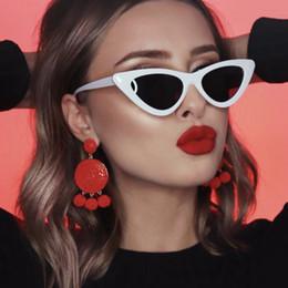 Vintage Shades For Men Australia - Sexy Cat eye shade for women fashion sunglasses brand woman vintage retro triangular cateye glasses oculos feminino sunglasses