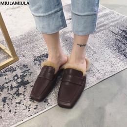1c2f1e6a9 MIULAMIULA Brand Designers 2018 PRETO MARROM BRANCO Quadrado Toe Macio  Cabelo de Coelho Mulher Sapatos Baixos Fur Slides Deslizamento Em Loafers  Inverno