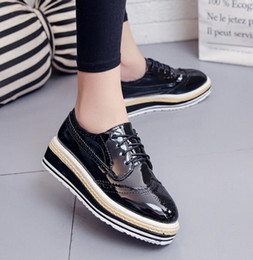 Hot Sale-New Women Flats high quality Brogue Shoes Flat Platform Oxfords Fashion Lace up Casual Wedge platform shoes Creepers A240