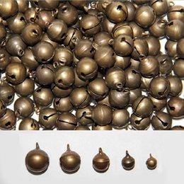 Großhandel Kupfer farbe retro glocken Für Zuhause Hochzeit DIY Handgemachten Schmuck Campanula Zubehör Christbaumschmuck 6/10/14/18/25mm