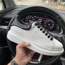 Dress up box online shopping - New Luxury Designer Shoes Leather Platform Sneakers Womens Mens Flat Casual Shoes Leisure Dress Shoes Daily Sneaker Eur36 With Box