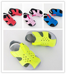 Beach Shoes For Boys Australia - Youth SUNRAY Sandals Cover Head Waterproof Non-Slip Fashion Girls Boys Summer For Kids Baotou Waterproof Children's Sandals and Beach Shoes