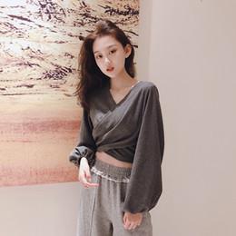 $enCountryForm.capitalKeyWord Australia - Korean temperament Women's Clothing solid v-neck crop top T-shirts lantern sleeve casual tees spring fashion woman tops new