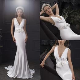 $enCountryForm.capitalKeyWord NZ - Simple White Satin Mermaid Wedding Dresses 2019 Sleeveless Bridal Gowns Custom Sweep Train Bridal Dresses Bow V Neck Robe De Mariée