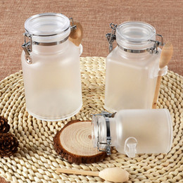 Wholesale 100ML ML Abs Bath salt bottle With Wooden Spoon Women Cosmetic Fefillable Jar Empty Plastic Facial Mask Container