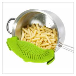 $enCountryForm.capitalKeyWord UK - Clip-on Green Silicone Pasta Snap Strainer Dishwasher Safe Colander Universal Size Fit Most Pans Suitable for Draining Pasta Vegetables Str
