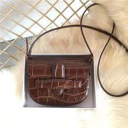 $enCountryForm.capitalKeyWord NZ - Elegant2019 Saddle Mini Small Bag Genuine Leather Crocodile Grain Woman Single Shoulder Plain Weave Leisure Time Package